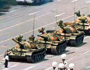tank-man-tianenman-3724-20090507-5
